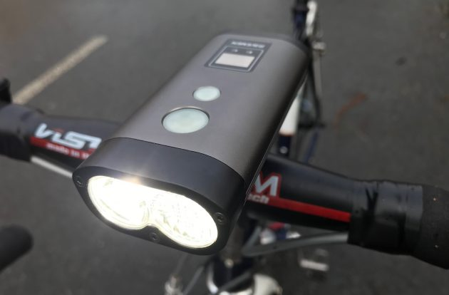 Ravemen PR1600 front light review