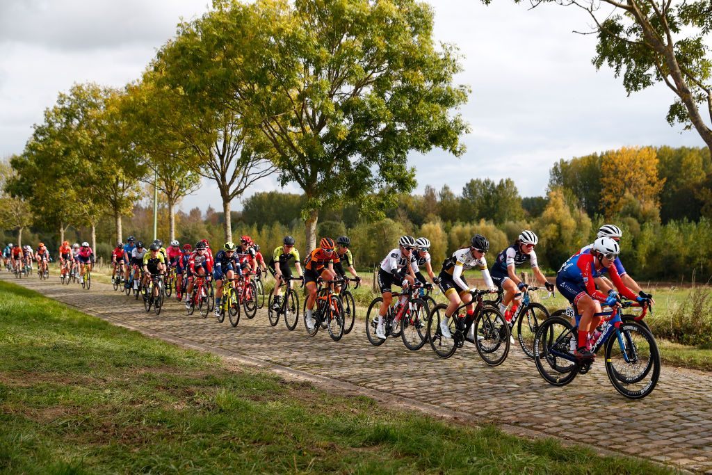 Tour of Flanders names four wildcard teams for men