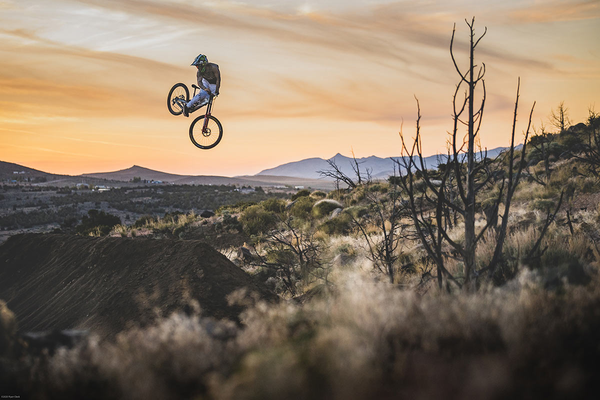 Must Watch: Cam Zink's Sandbox is de ultieme mountainbike-speeltuin