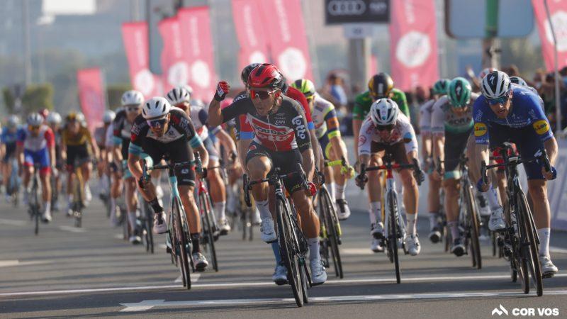Pogacar vince l'UAE Tour mentre Ewan conquista la tappa finale