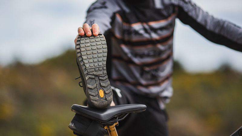 Fizik power up eMTB shoe, le scarpe Terra Ergolace X2 per soddisfare le esigenze di e-bike