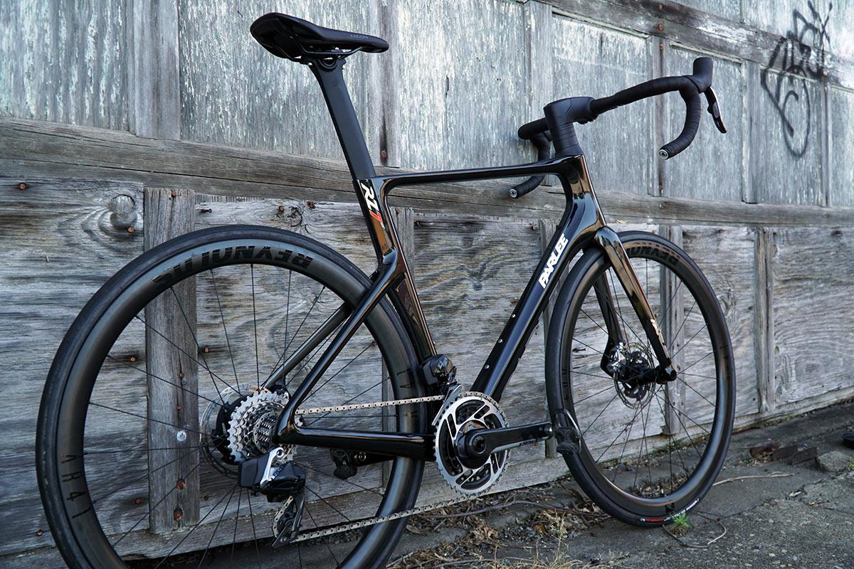 Revisión: la bicicleta de carretera aero Parlee RZ7 engaña a todos los vientos, va rápido a todas partes