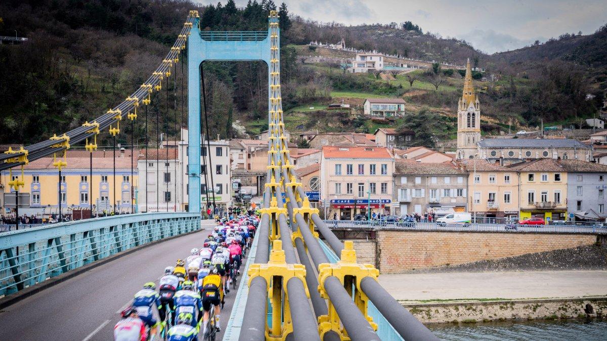 Sprinters' delight on stage 5 of Paris-Nice – VeloNews.com