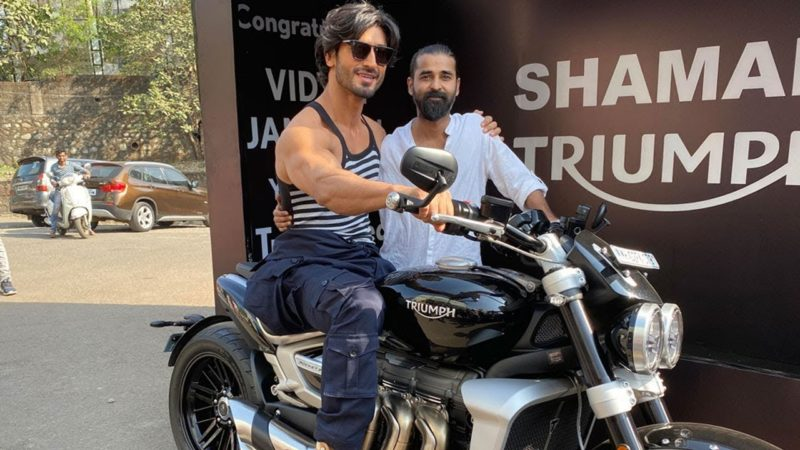 Vidyut Jammwal's Manager gifts An Expensive Triumph Rocket 3 Bike To The Actor