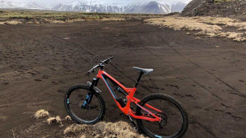 Bikerumor Bild des Tages: Frühling in Island