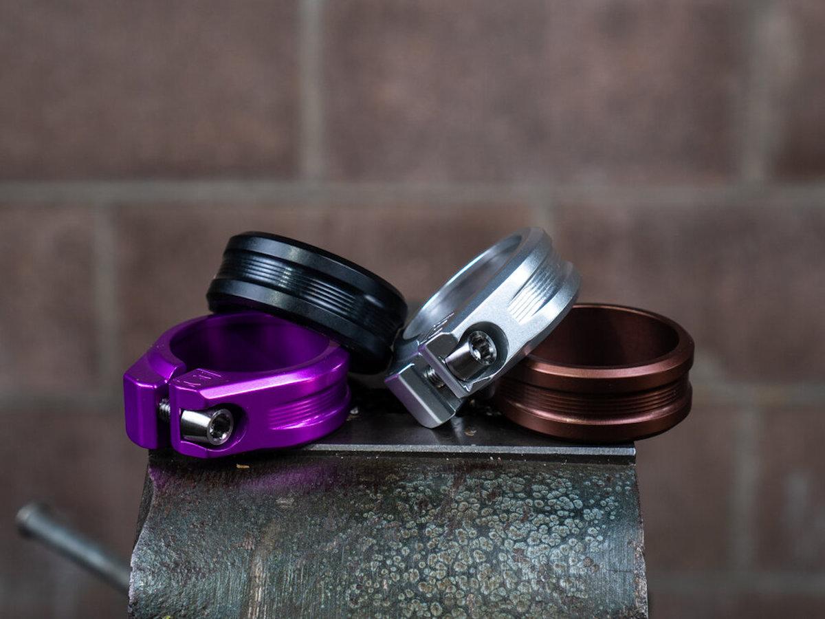 Le collier de selle compatible avec le compte-gouttes d'Engin Cycles ajoute une nouvelle taille, les tiges baissent les prix