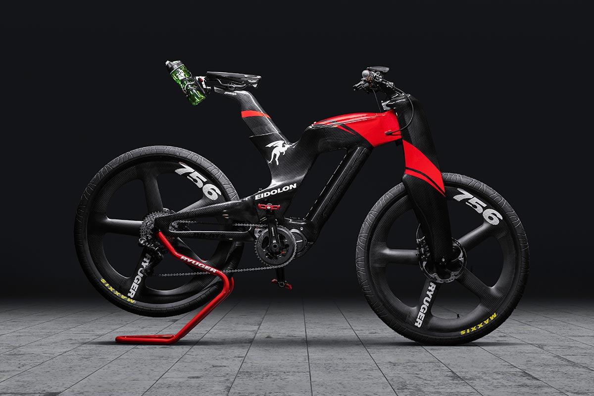 Le vélo électrique Ryuger Eidolon Covid à l'allure sauvage est un vélo tout suspendu en carbone …