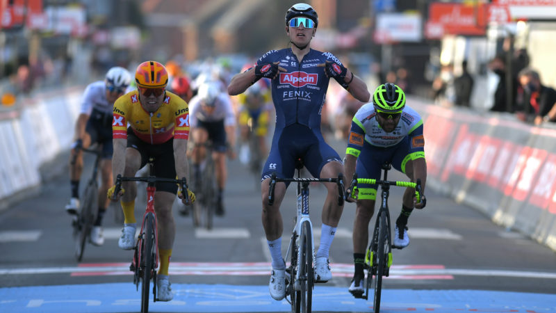 Tim Merlier wins Le Samyn 2021 with sensational sprint