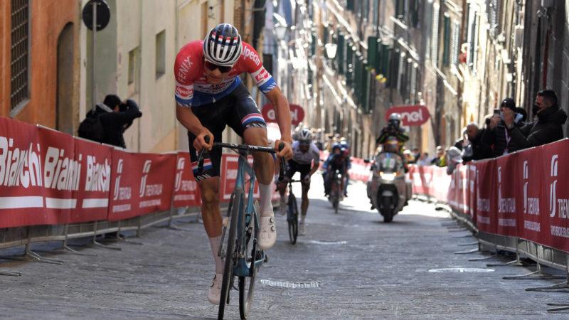 Mathieu van der Poel vince con l'attacco finale rovente – VeloNews.com