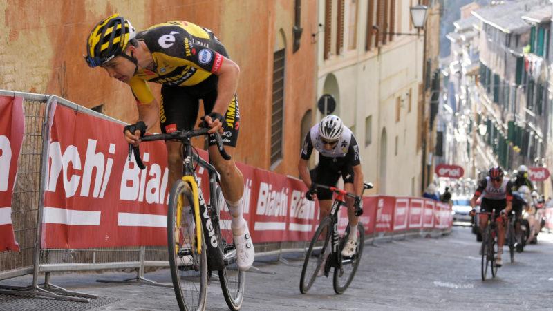 Wout van Aert fuori dal podio e fuori passo alla Strade Bianche – VeloNews.com