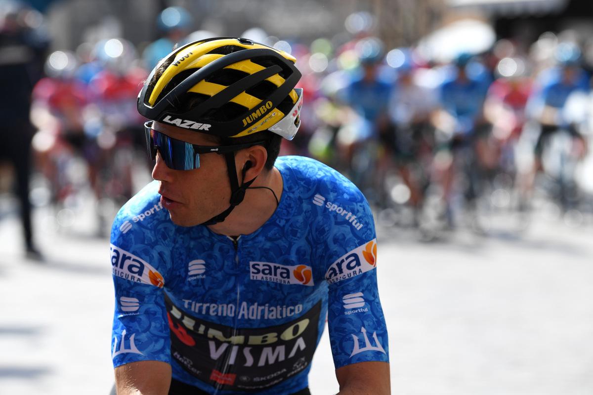 Wout van Aert fait un pas audacieux dans la course GC à Tirreno-Adriatico – VeloNews.com
