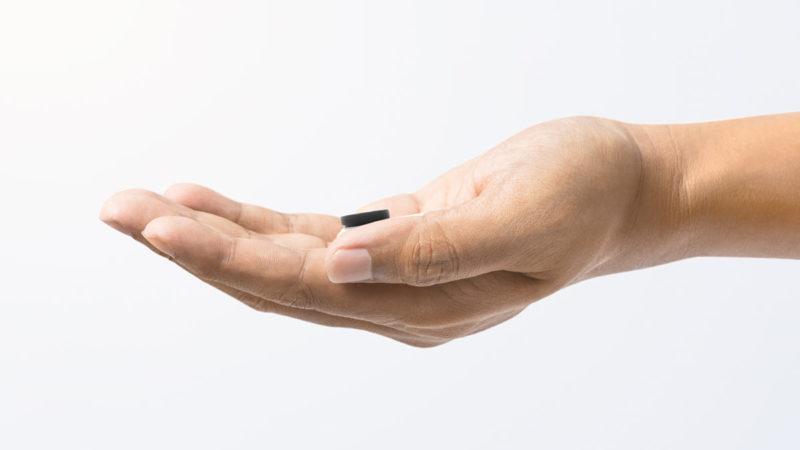 Insta360 prende in giro la action cam più piccola del mondo ed è PICCOLA!