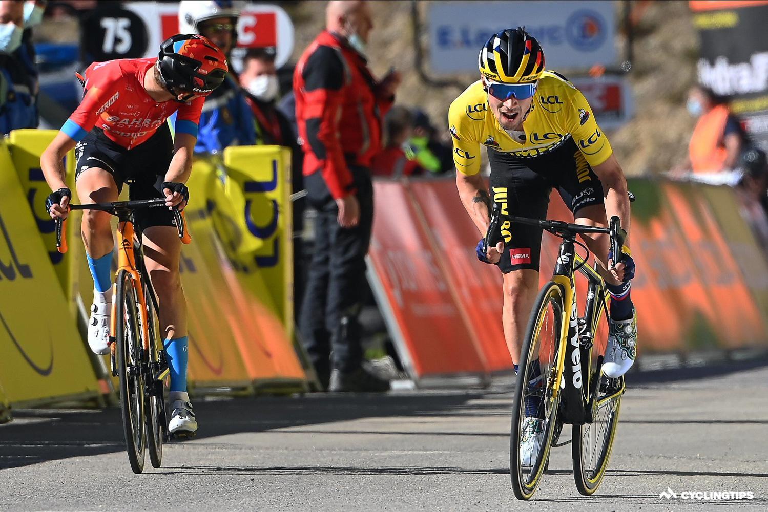 Ingen gaver: Roglic forsvarer sin etappesejr over Gino Mäder