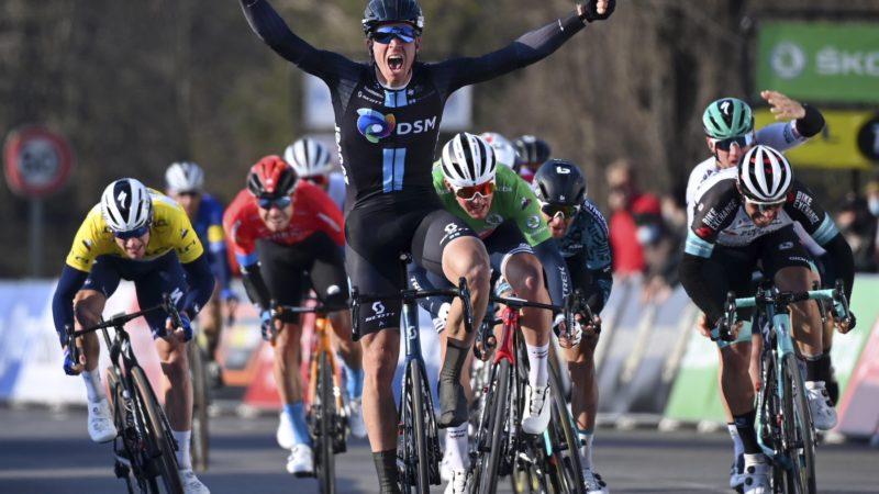 Bol gewinnt die zweite Etappe von Paris-Nizza, als Matthews die GC-Führung übernimmt: Daily News