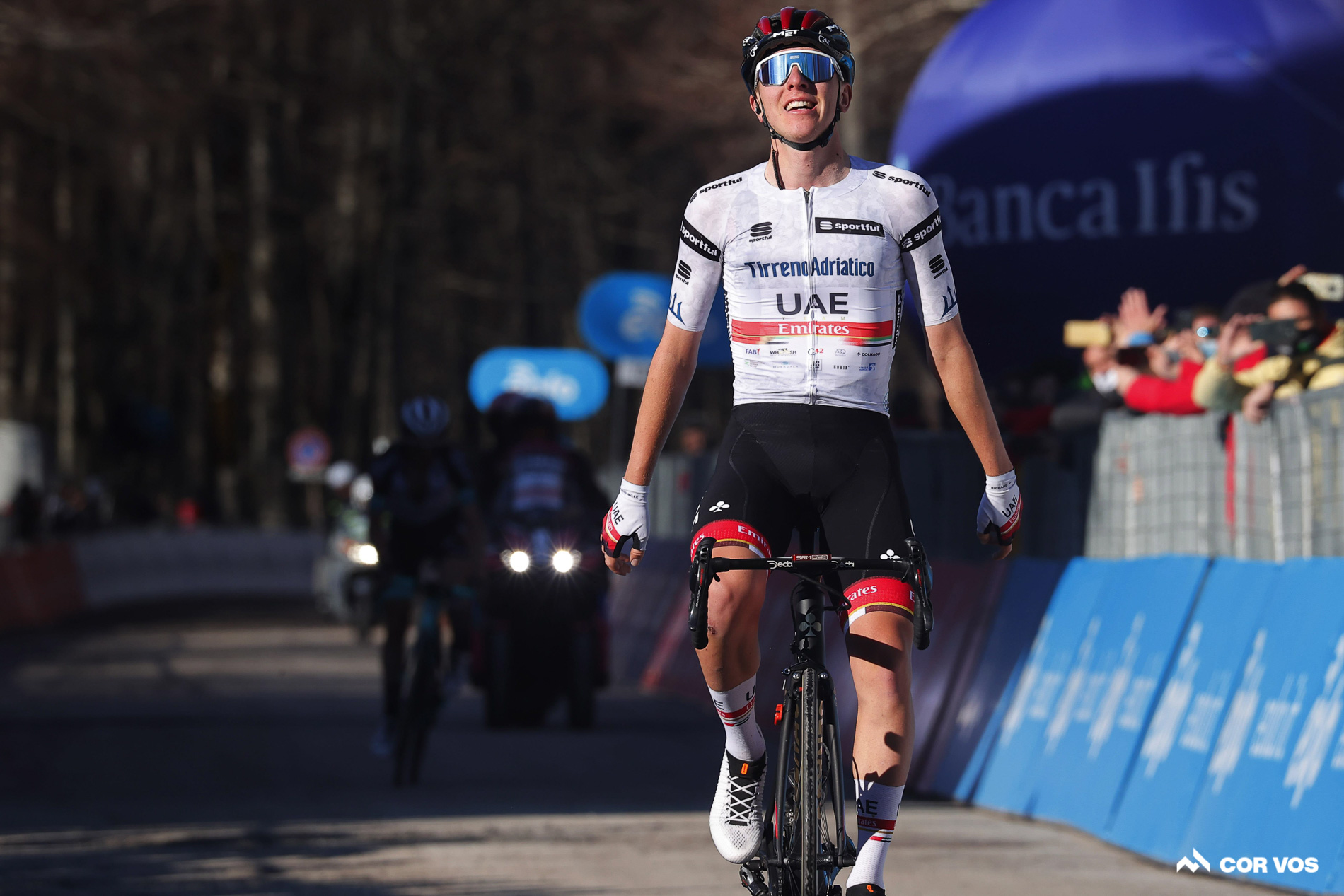 Pogacar wins Tirreno stage 4, takes overall lead from Van Aert
