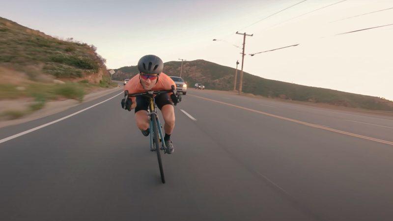 """Vidéo: """" Priez pour la vitesse """", une ode à la descente rapide et sans peur"""