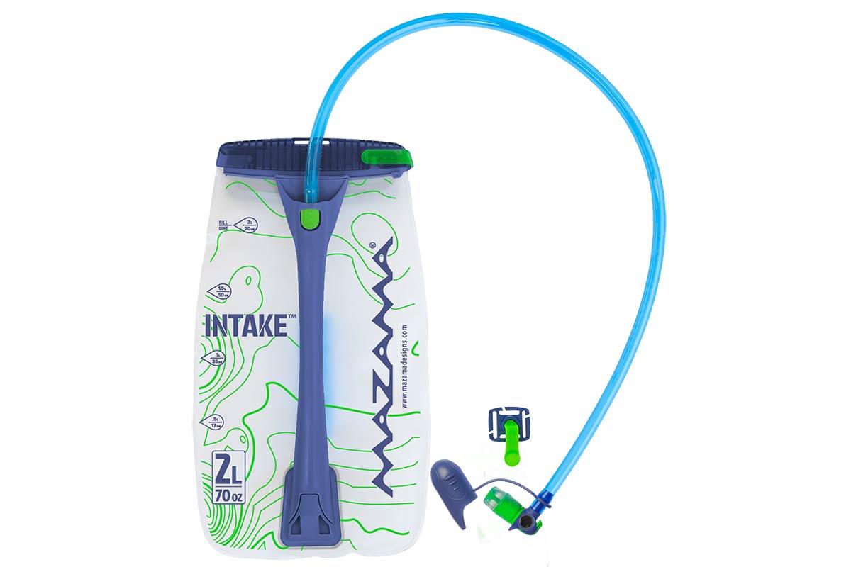 Mazama INTake hydratatie-blazen hebben een open, gemakkelijk navulbaar sneldrogend ontwerp