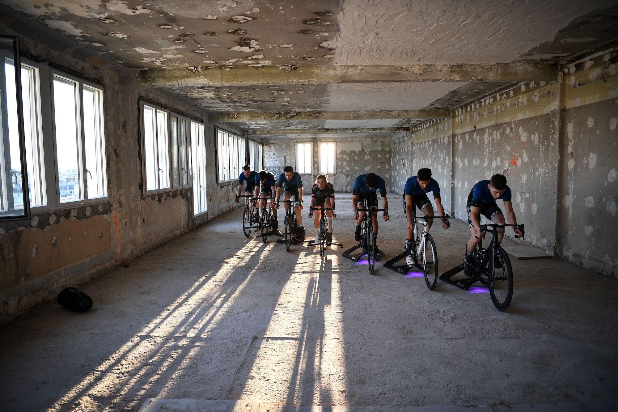Det første nogensinde e-cykelteam for fanger lanceres