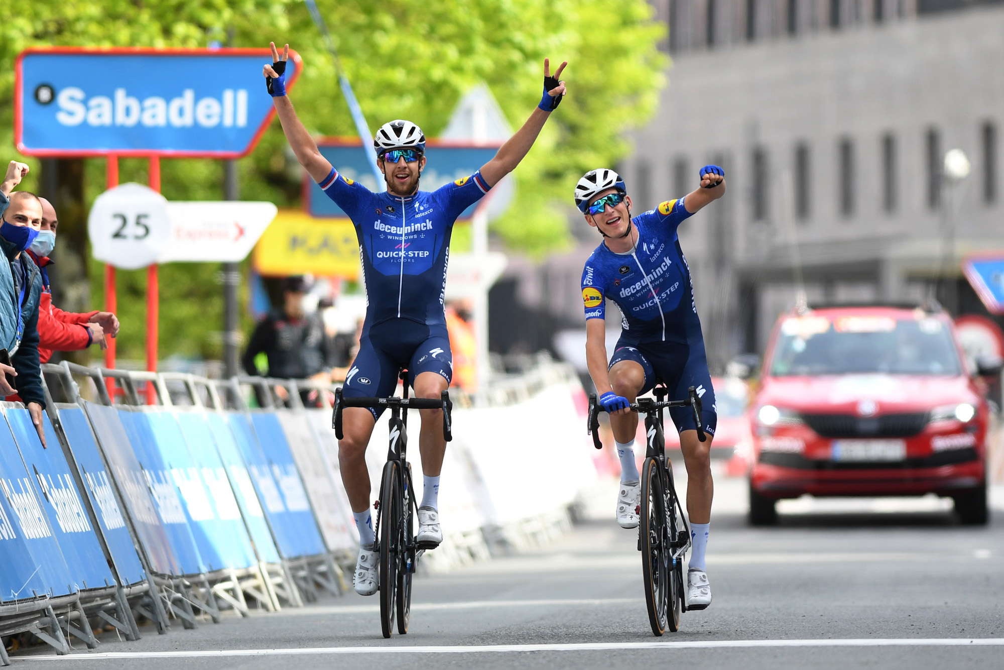 Mikkel Honoré takes stage five of Tour of the Basque Country 2021 in amazing Deceuninck – Quick-Step one-two