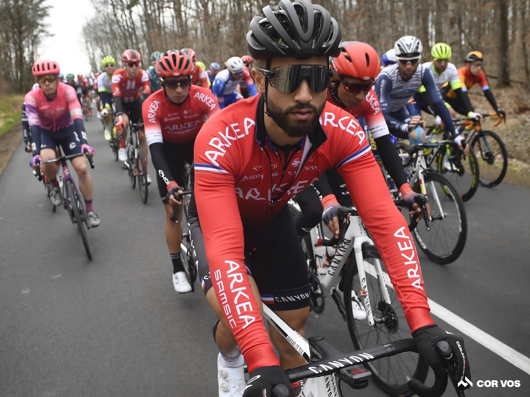 La UCI condena los abusos racistas dirigidos a Bouhanni