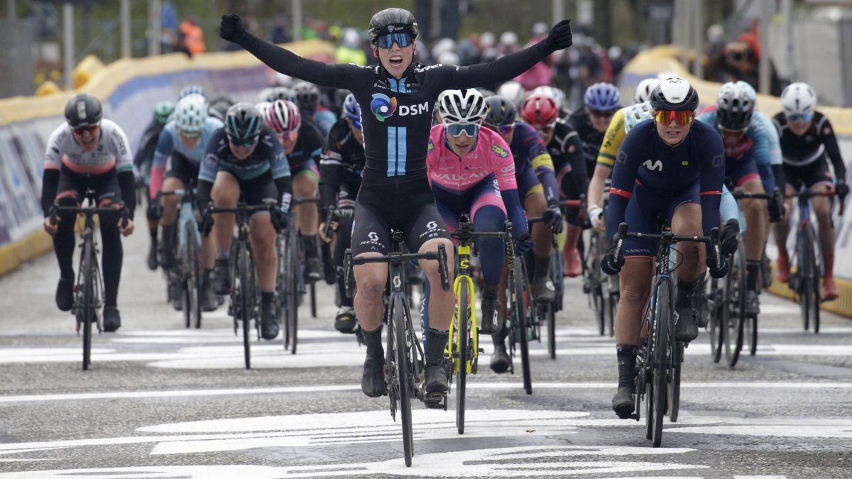 Lorena Wiebes, victoriosa en la inauguración femenina de Scheldeprijs