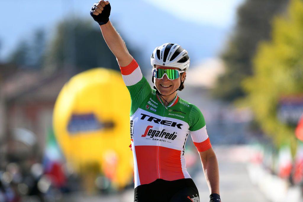 Longo Borghini wint derde Italiaanse wegtitel bij vrouwen