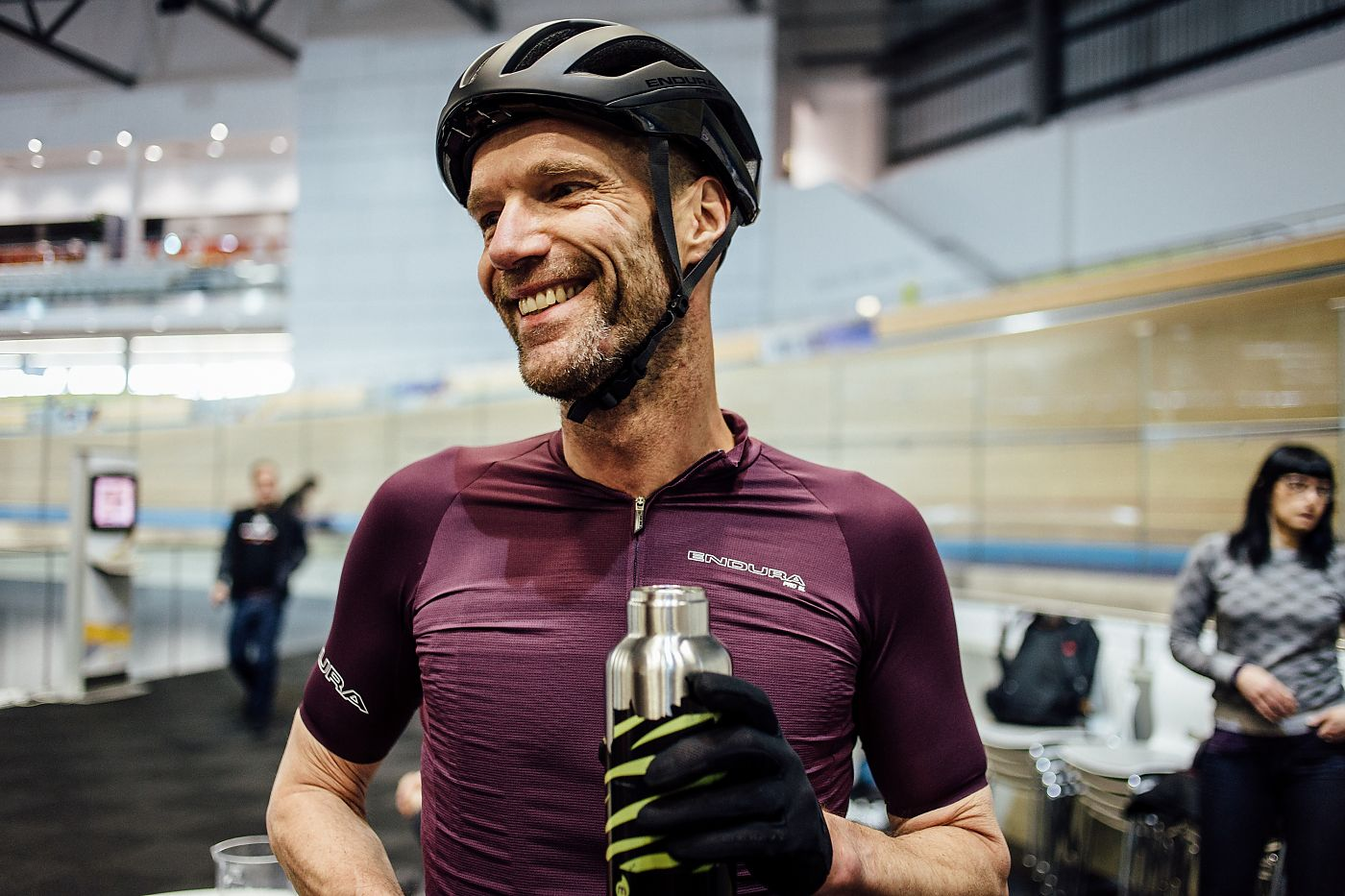 Simon Richardson di Endura muore in un incidente in bicicletta