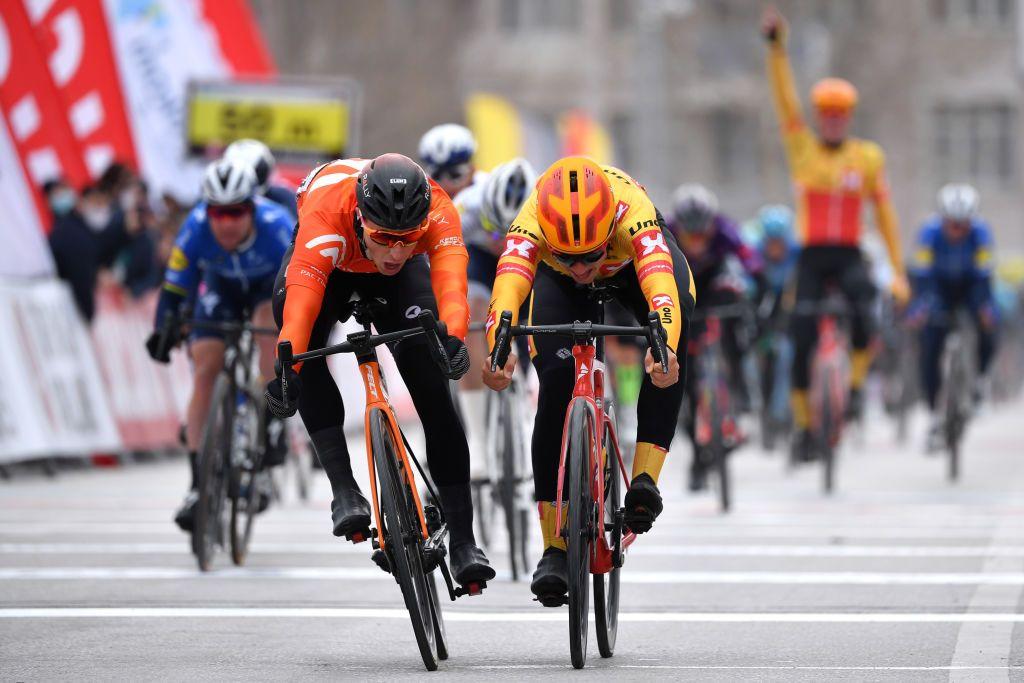 Tour de Eslovaquia: Halvorsen gana en foto final en la etapa 3