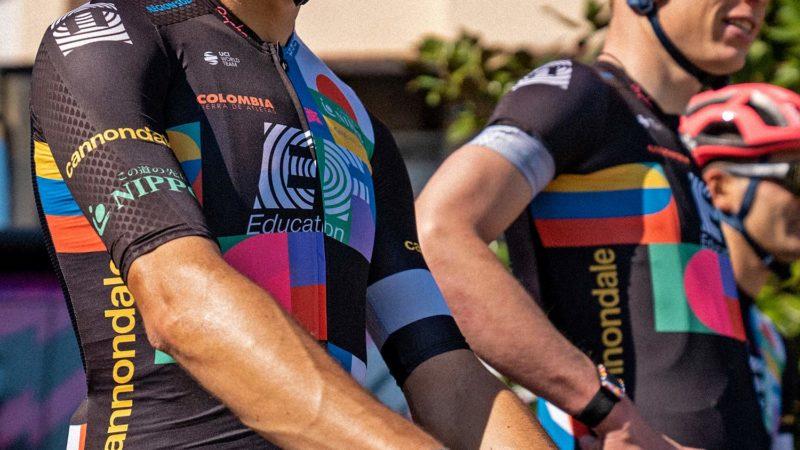 """La combinaison aérodynamique Rapha """" la plus rapide de tous les temps """", kit de commutation EF Giro d'Italia"""