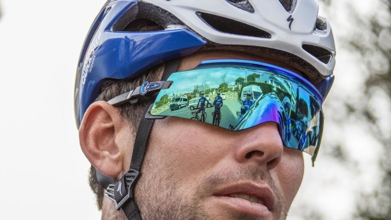 New Oakley Kato conforms to your face with frameless lens & unique nose wrap