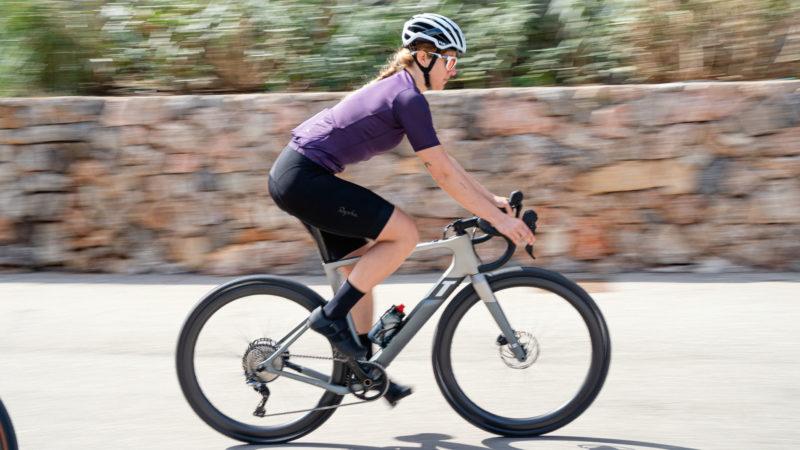 3T erweitert den Exploro um einen Motor mit dem neuen Racemax Boost E-Kies-Fahrrad