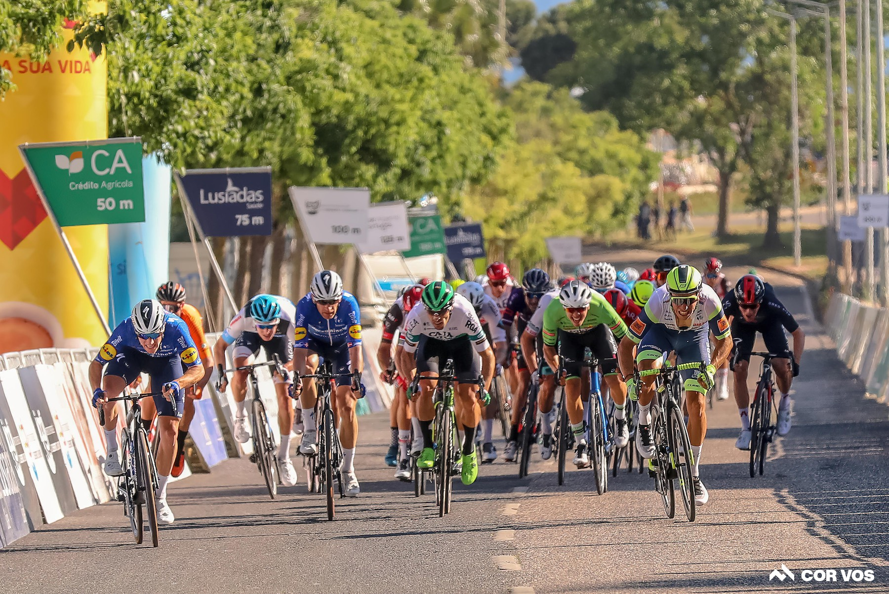 Bennett sprints to victory on stage 1 of the Volta ao Algarve: Daily News