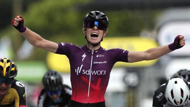 La Course 2021 : la Néerlandaise Demi Vollering bat Cecilie Uttrup Ludwig et Marianne Vos pour s'imposer