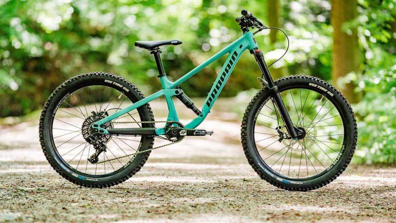 La mountain bike biammortizzata Propain Yuma per bambini 2021 cresce con loro