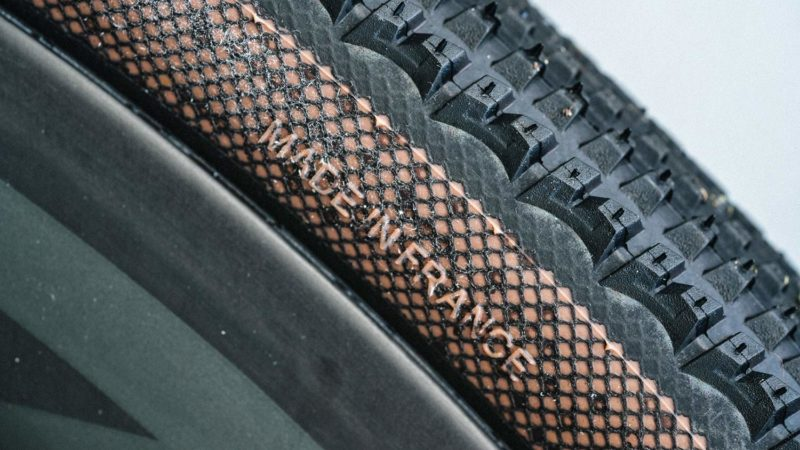 Los neumáticos Hutchinson Gridskin aumentan la protección y la sostenibilidad