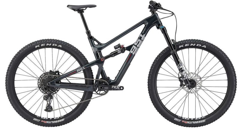 Le mountain bike della serie Intense 951 in vendita tramite il sito Web Costco, ora disponibili