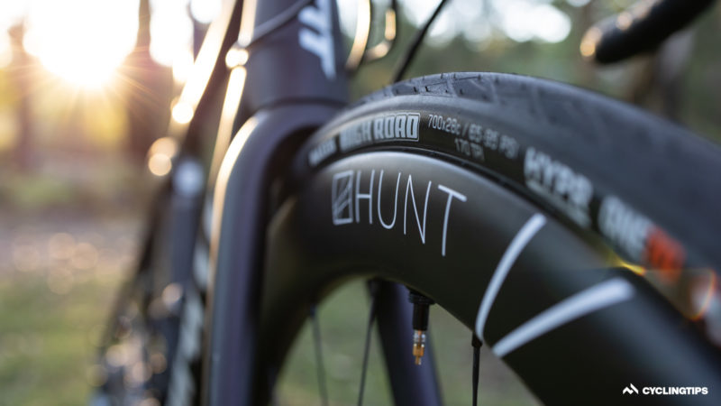 Hunt 48 Limitless Aero Disc road wheelset review: wide and stable