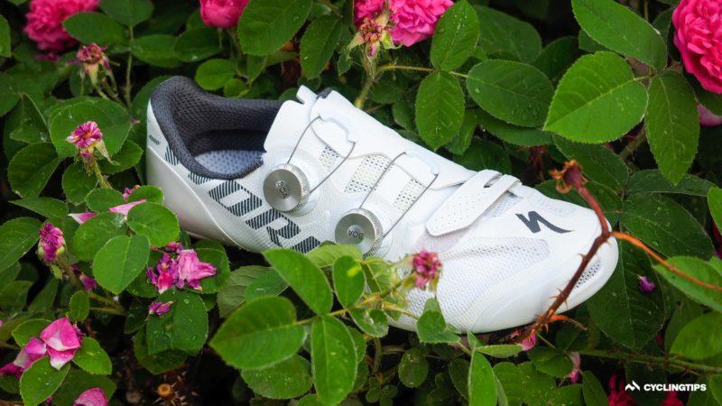 Recensione della scarpa S-Works Vent specializzata: ariosa come Exos, con meno compromessi