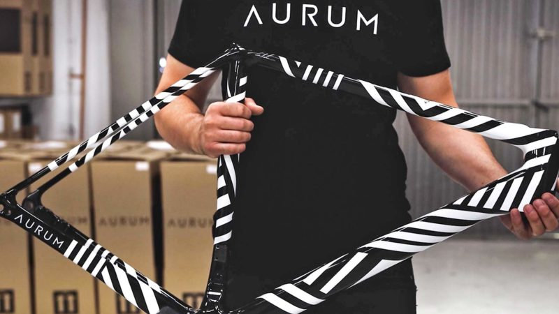 Bicicleta de carretera de edición limitada Aurum Zevra de Basso & Contador