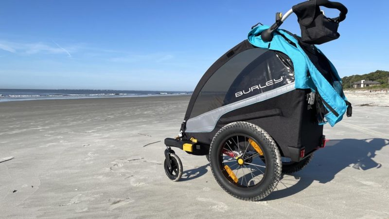Review: Burley D'Lite X single seat child bike trailer is fun for kids even sitting still