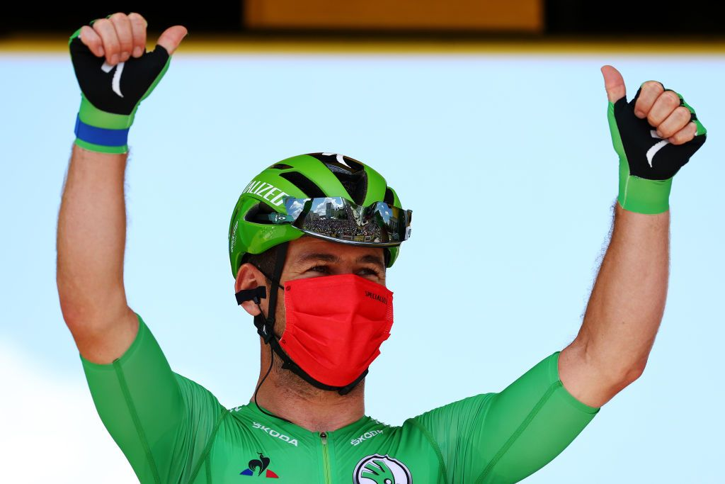 Tour de France: History repeats as Cavendish wins stage 6 in Châteauroux