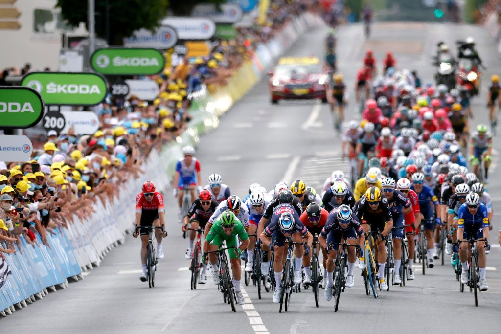 Tour de France 2021: Stage 6 highlights – Video