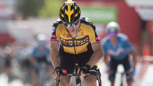 Vuelta a Espana: Puolustava mestari Primoz Roglic voittaa vaiheen 11