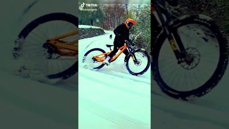 Insane Mountain Bike MTB Jumps / Speed Runs | People Are Awesome TikTok