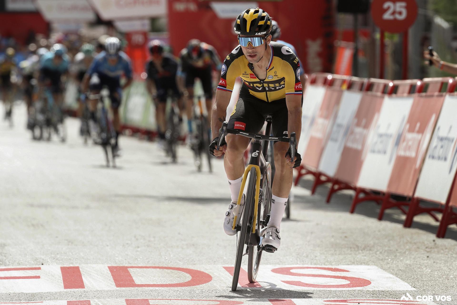 רוגליץ 'מנצח את שלב ה- Vuelta השני בשלב 11