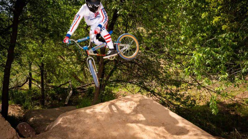 Des balades rétro radicales !  Mongoose réédite les vélos Supergoose & California Special BMX