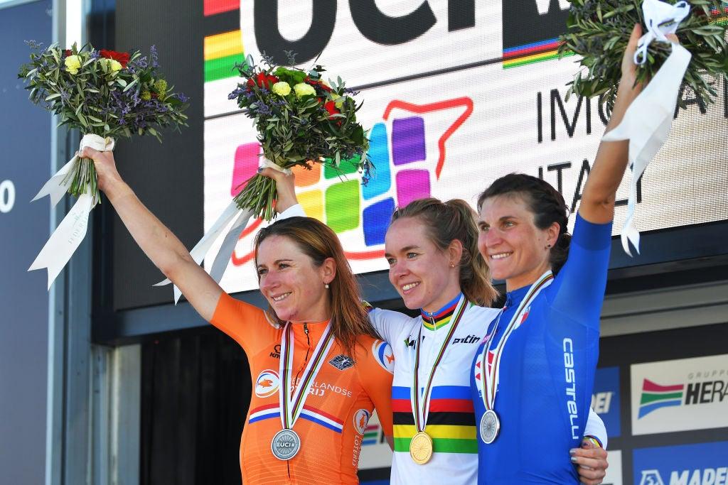 Campeonato del mundo de ruta: cinco naciones compiten por el arcoíris en la contrarreloj femenina y la carrera en ruta