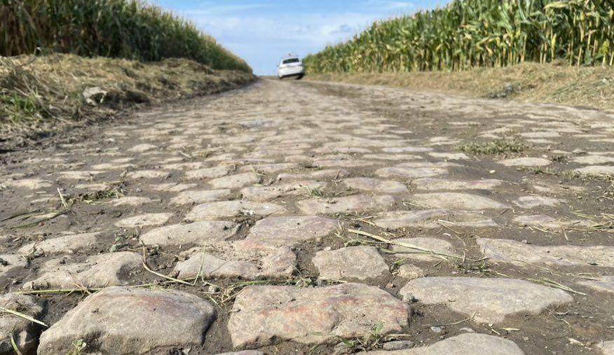 Regenvorhersage für Paris-Roubaix, da Kopfsteinpflaster gereinigt und für das Wochenende vorbereitet wird