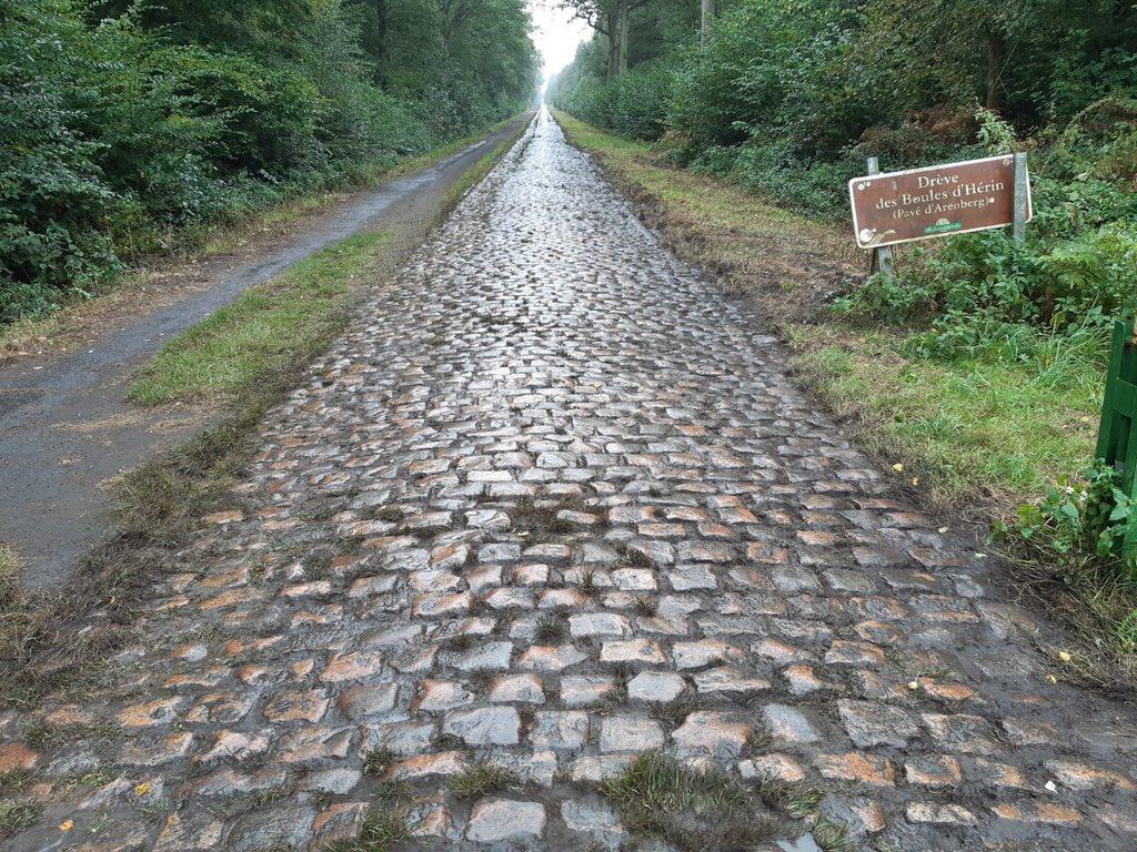 I pavé della Parigi-Roubaix aspettano