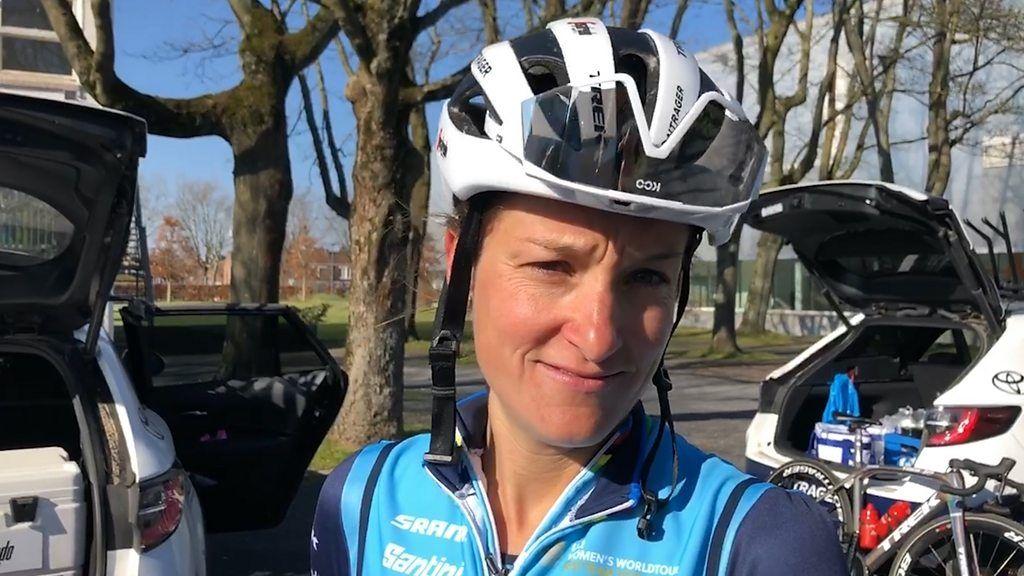 Britannian Lizzie Deignan surullisen Pariisin-Roubaixin mukulakivillä